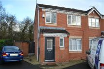 3 bedroom semi detached property to rent in Delamere Drive, Walsall