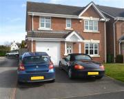 Detached property in Birch Croft, Coven...