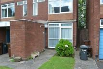 Studio apartment to rent in Abbots Way, Wolverhampton