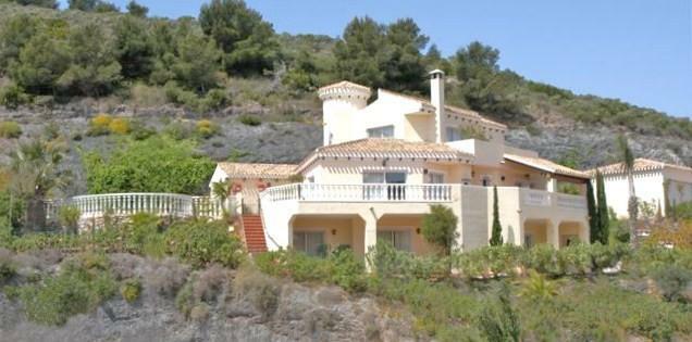 Villa and Plot