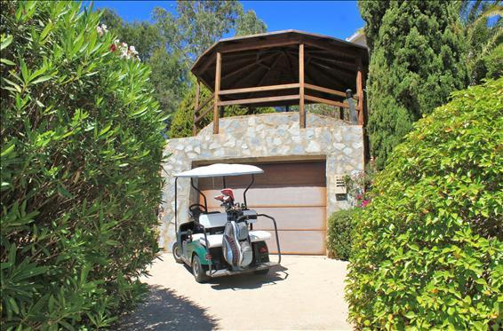 Golf Buggy Garage