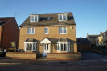 5 bedroom Detached property in Hulme Close, Clapham...