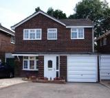4 bedroom house to rent in Austcliff Close, Redditch