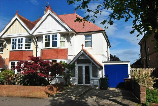 4 Bedroom Semi Detached House For Sale In Colebrooke Road