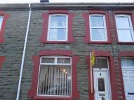 2 bedroom Terraced house in Caefelin Street...