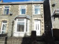 End of Terrace house for sale in Newall Street...