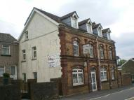 Commercial Property to rent in Queens Hotel, Blaina