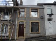 2 bed Terraced property in Upper Royal Lane...