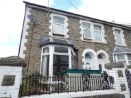 2 bedroom semi detached house in Clynmawr Street...