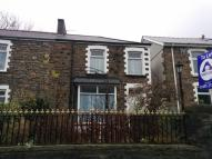 Terraced home to rent in Abertillery Road...