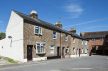 2 bed Cottage to rent in King Stable Street, Eton...