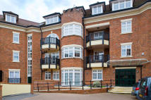 2 bedroom Ground Flat in King Stable Street, Eton...