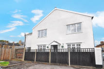 End of Terrace house for sale in Sunbury Road, SL4