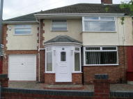 4 bed semi detached home to rent in Beechwood Avenue...