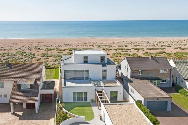 5 bedroom detached house for sale in shoreham beach for Mansions for sale on the beach