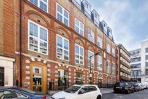 3 bed Flat to rent in Picton Place, Marylebone...