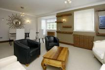 3 bedroom Flat in Marlborough Court...