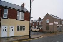 3 bedroom semi detached property to rent in Lynesack House...