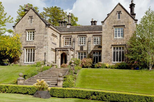 5 bedroom manor house for sale in stumperlowe hall road