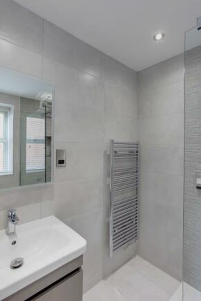 Bedroom 3 En-suite Shower Room