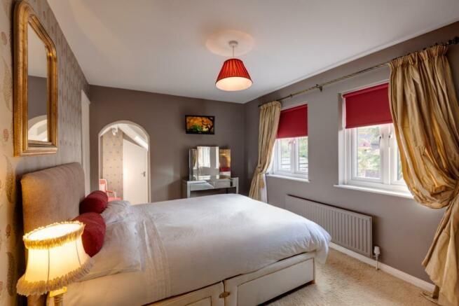 Guest Bedroom Suite (Bedroom 2)