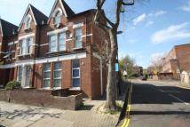 Flat to rent in Fairbridge Road Upper...