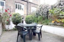 2 bed Flat in Woodstock Road Stroud...