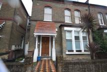 3 bed Flat to rent in Finsbury Park Road London