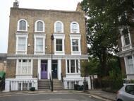 2 bedroom Flat in Wallace Road London