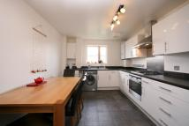 Flat to rent in 30 North Road Islington
