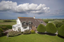 5 bed home in Park House, Trevanger...
