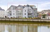 3 bed house in 20 Town Quay, Wadebridge...