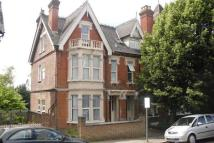 Apartment to rent in Priory Avenue...