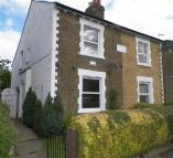 2 bed semi detached property in Grove Road, Uxbridge
