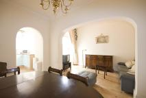 1 bed Flat in Queens Gate, Kensington...