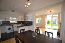 5 bedroom house in Gunnersbury Avenue...