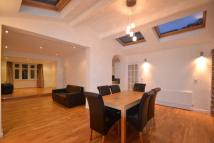 5 bedroom property to rent in Downs View, Isleworth...