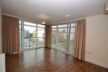 2 bedroom Flat in Garside Court...
