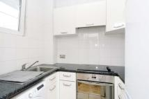 Studio apartment in 104 Charing Cross Road