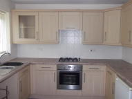 2 bedroom semi detached property to rent in Royal Drive, Fulwood...
