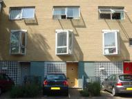 Town House to rent in Chillingworth Road...