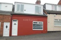 3 bed semi detached property to rent in Lyons Lane...