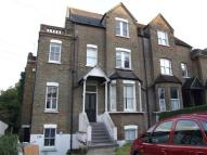 1 bedroom Flat in Bramley Hill CR2