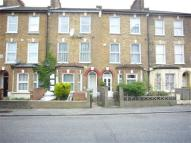 Studio apartment to rent in Belfort  Road