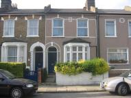 5 bedroom Terraced house to rent in Crewys Road, London SE15