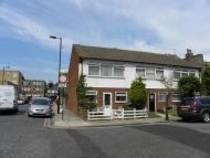 Nutfield Road End of Terrace property to rent