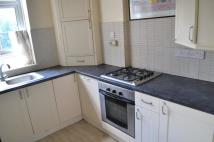 Flat to rent in Champion Hill Estate...