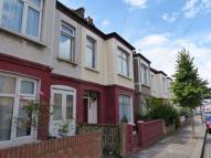 4 bedroom Terraced house to rent in Gatton Road, London SW17
