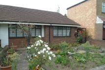 2 bed Bungalow in Harlington Road East...