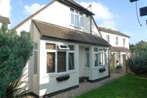 4 bedroom Detached Bungalow in Hounslow Road , Whitton ...